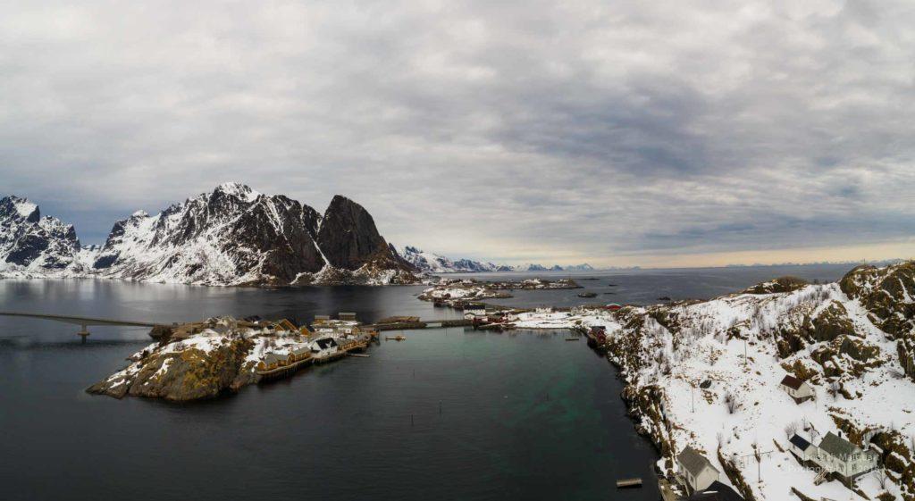 Blick über die Inseln der Lofoten.