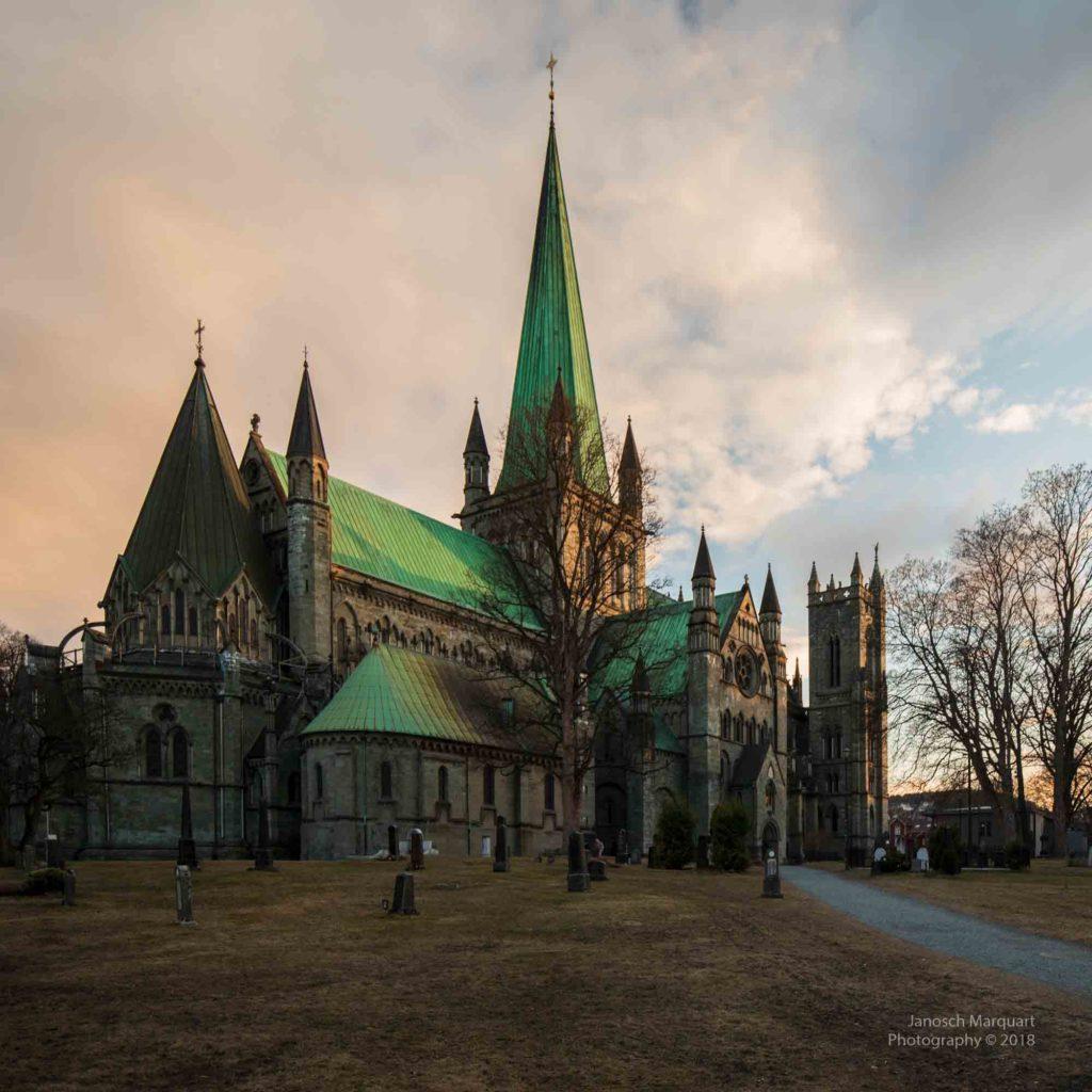 Foto des Nidaros Dom in Trondheim