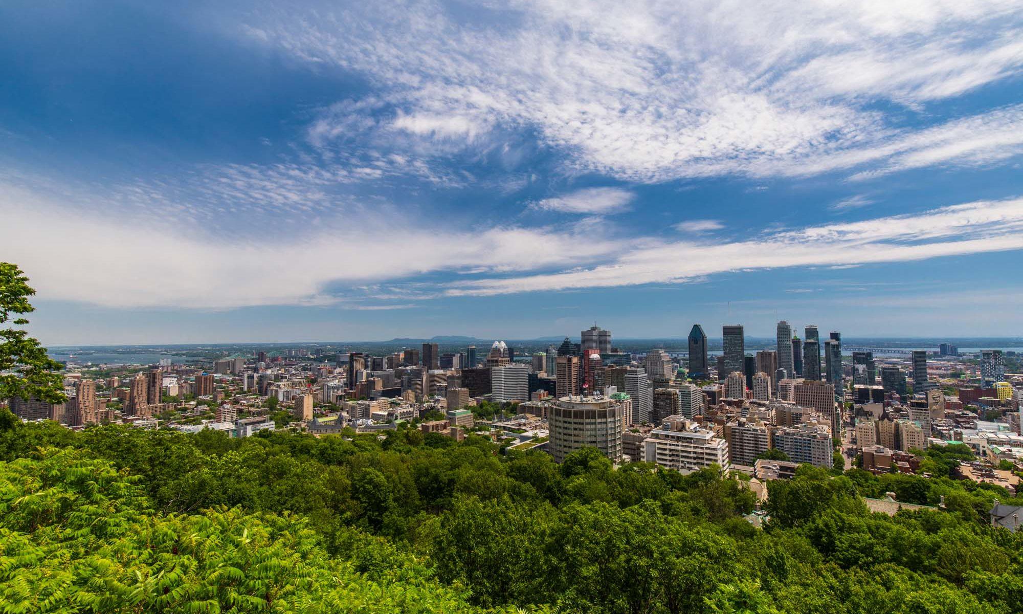 Foto mit Blick auf Montreal vom Mont Real.
