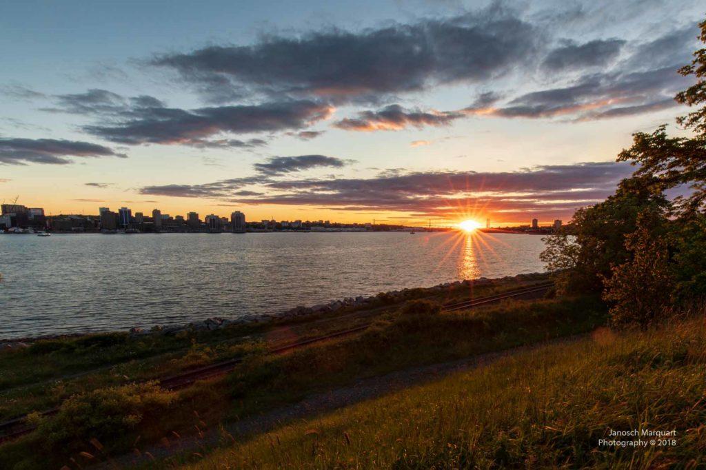 Foto dre untergehenden Sonne über Halifax