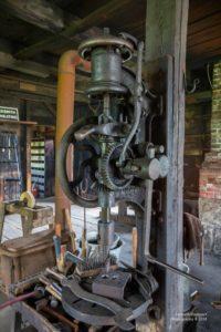 Foto einer voll mechanischen Bohrmaschine aus dem 18. Jahrhundert.