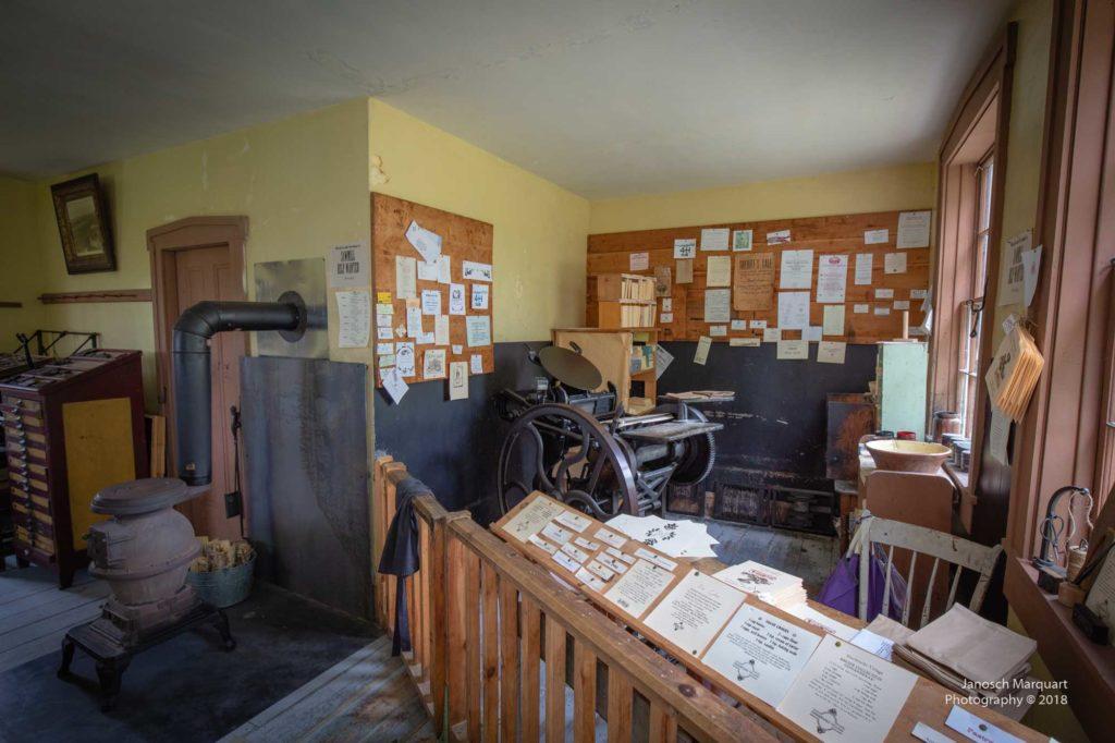 Foto einer antiken Druckmaschine