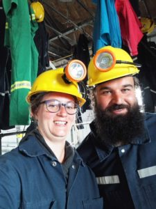 Foto von Christina und Janosch in Bergmannskluft