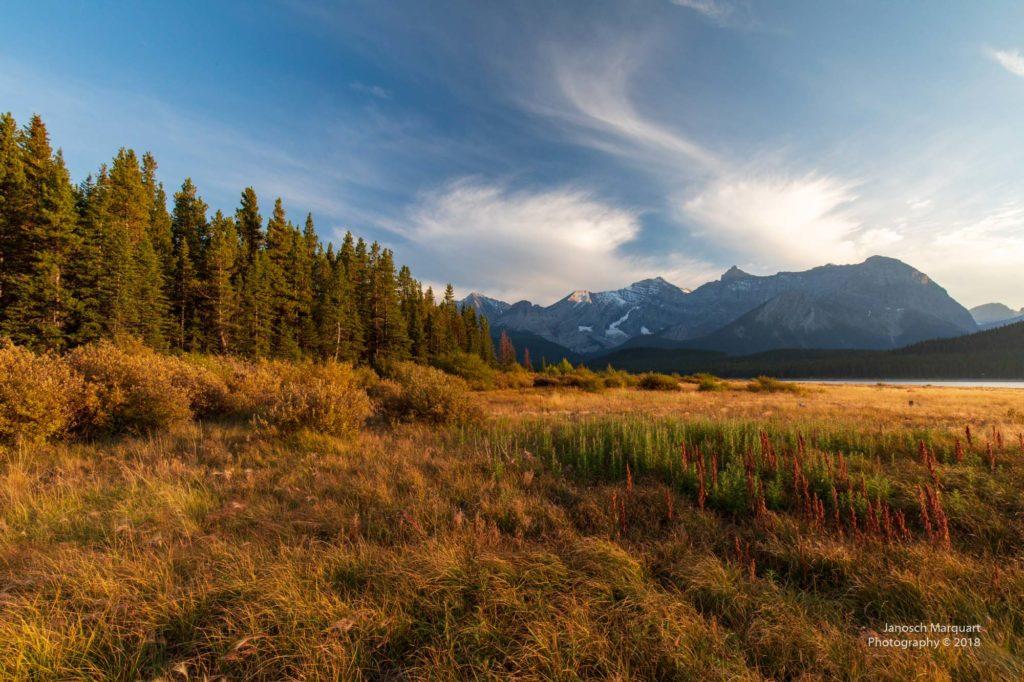Herbststimmung am Lower Kananskis Lake.
