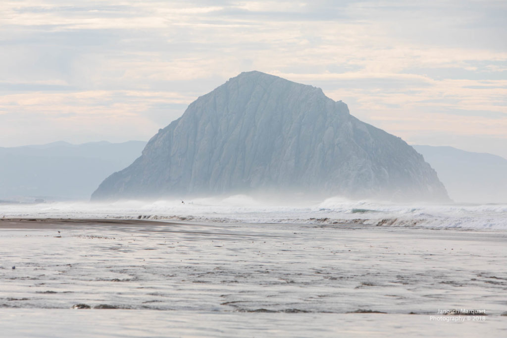 Felsen in der Brandung bei Morro Bay